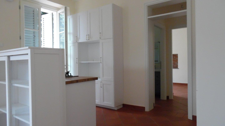 Appartamento in affitto, rif. AL170