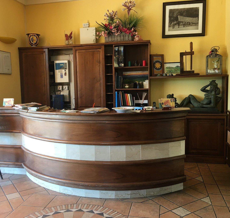 Foto 3/23 per rif. Hotel Ristorante (SI)