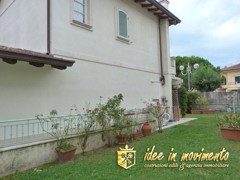 Villa singola in vendita a Cinquale, Montignoso (MS)