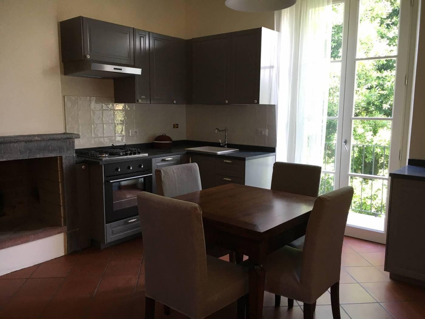 Appartamento in affitto a Massa. Rif:AL171