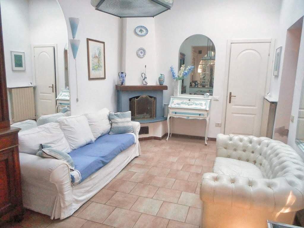 Villetta quadrifamiliare in vendita a Massa