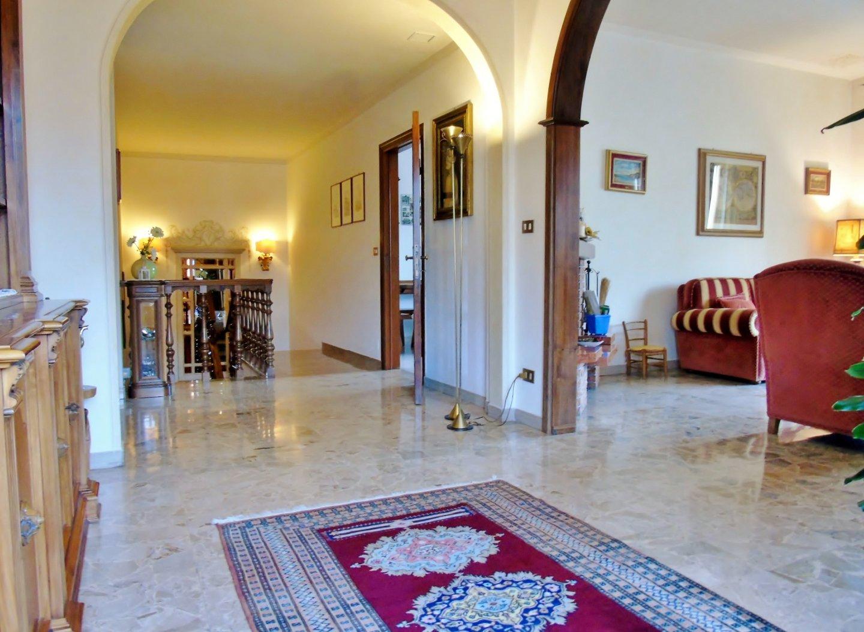 Porzione di casa in vendita, rif. 585V