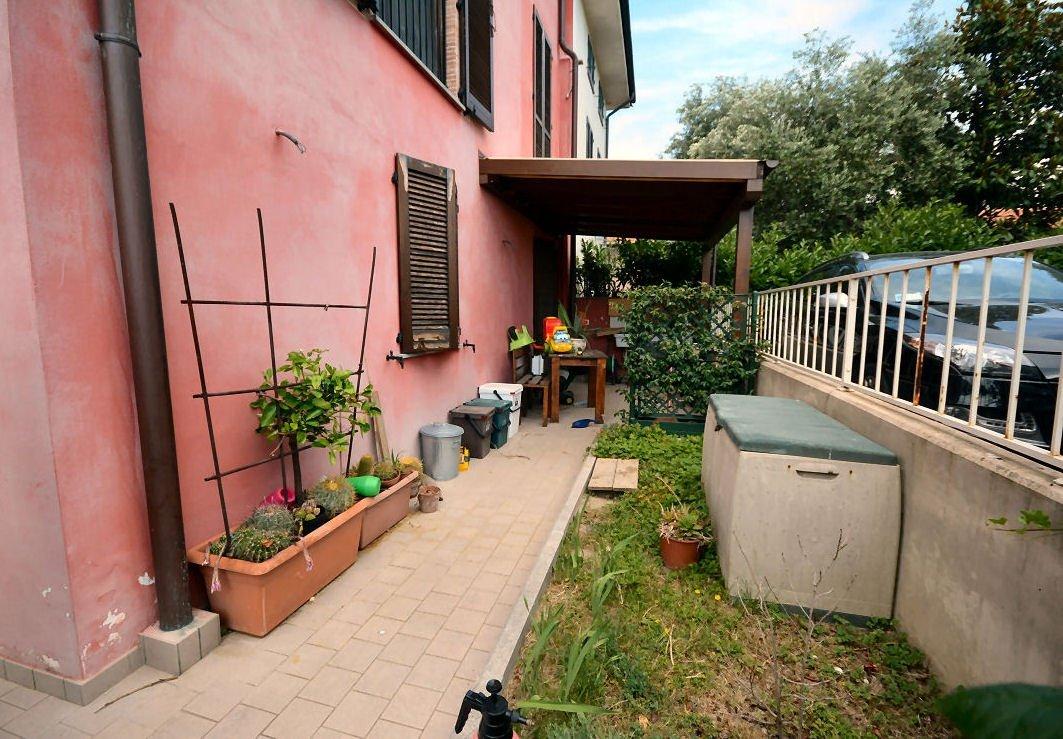 Appartamento in vendita a Lucca, 4 locali, prezzo € 135.000 | CambioCasa.it