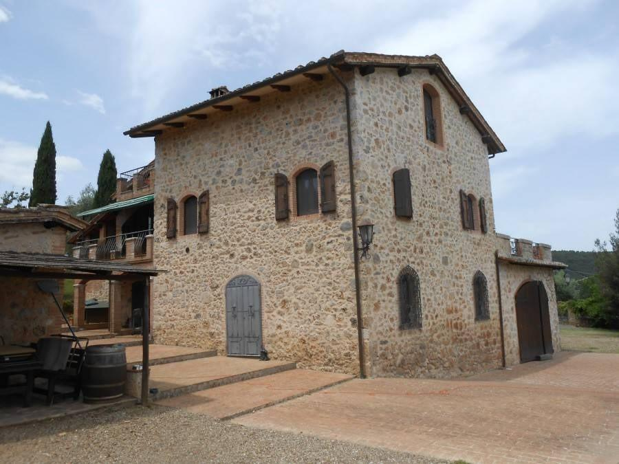 Colonica for sale in Sovicille (SI)