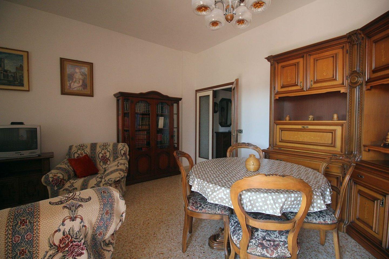 Appartamento in affitto, rif. R/471