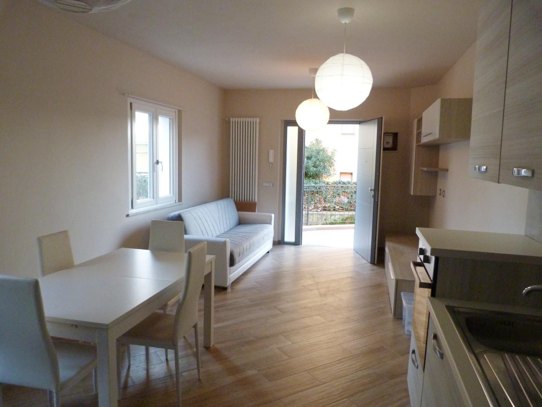 Casa semindipendente in affitto a Turano, Massa
