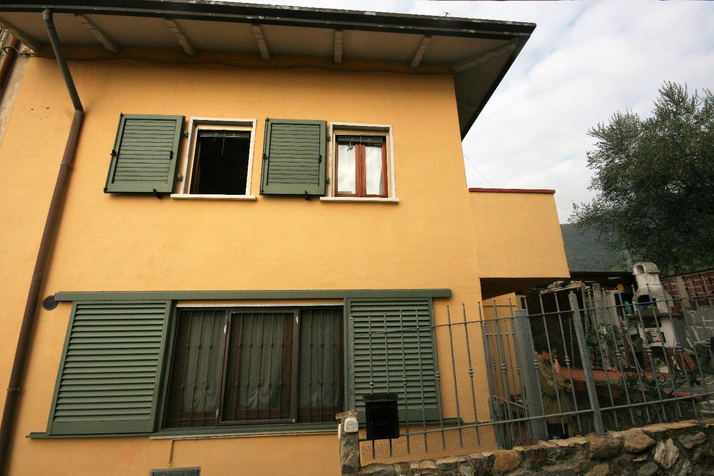 Foto 2/11 per rif. 021