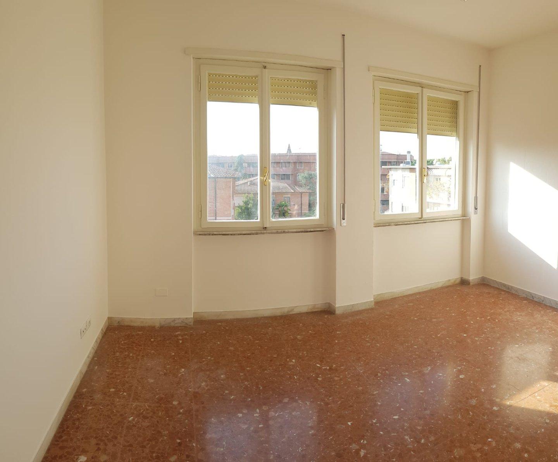 Appartamento in affitto, rif. L112