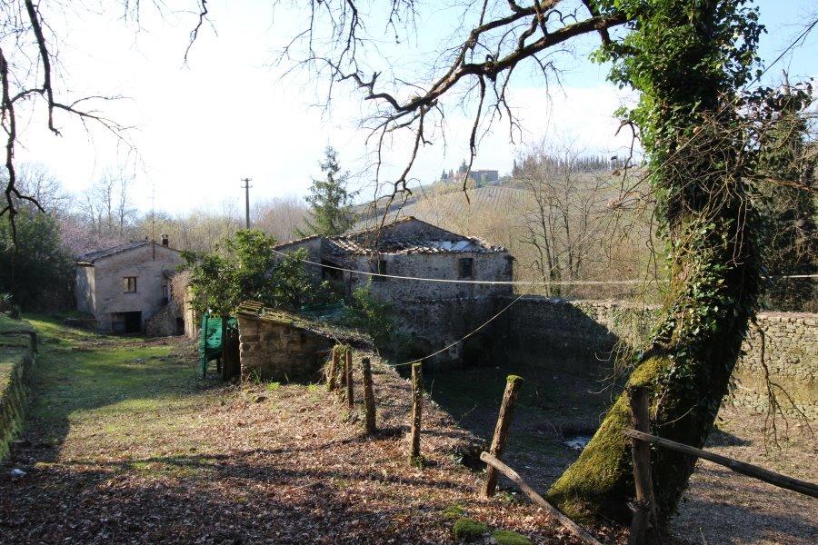 Colonica in vendita a Lilliano, Castellina in Chianti (SI)