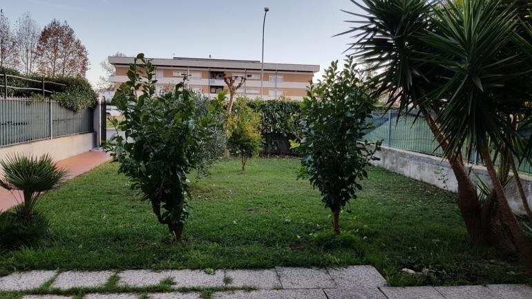 Appartamento in affitto a Ortonovo (SP)