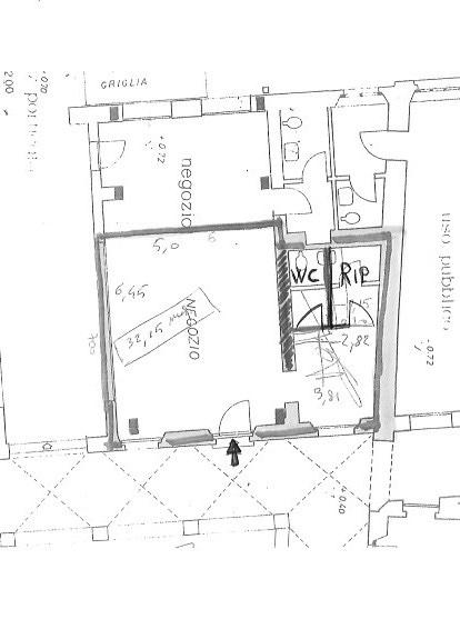 Locale comm.le/Fondo in affitto commerciale, rif. a39/266