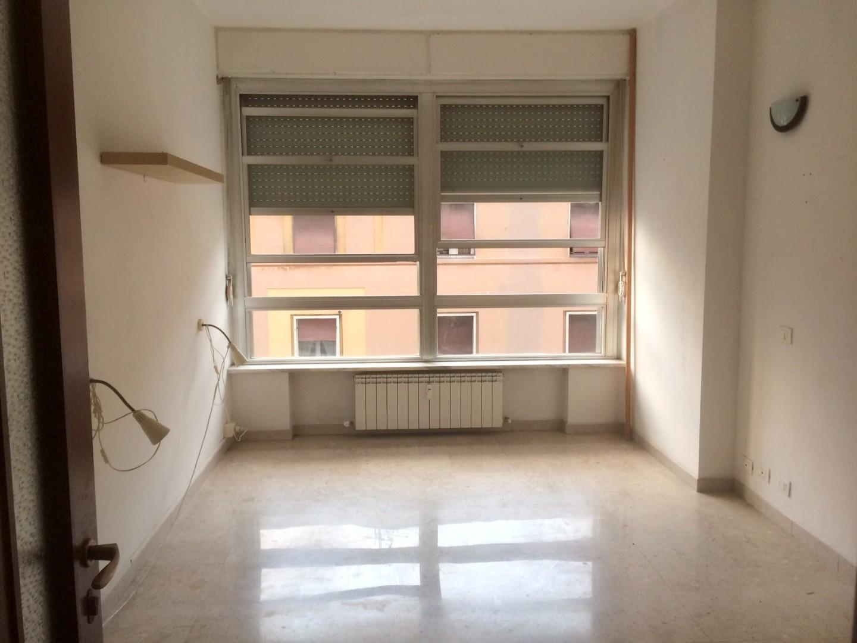 Appartamento in affitto a Centro, Livorno