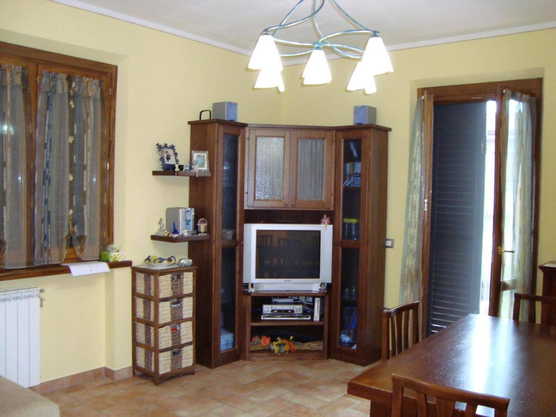 Appartamento in vendita a Larciano, 4 locali, prezzo € 160.000 | PortaleAgenzieImmobiliari.it