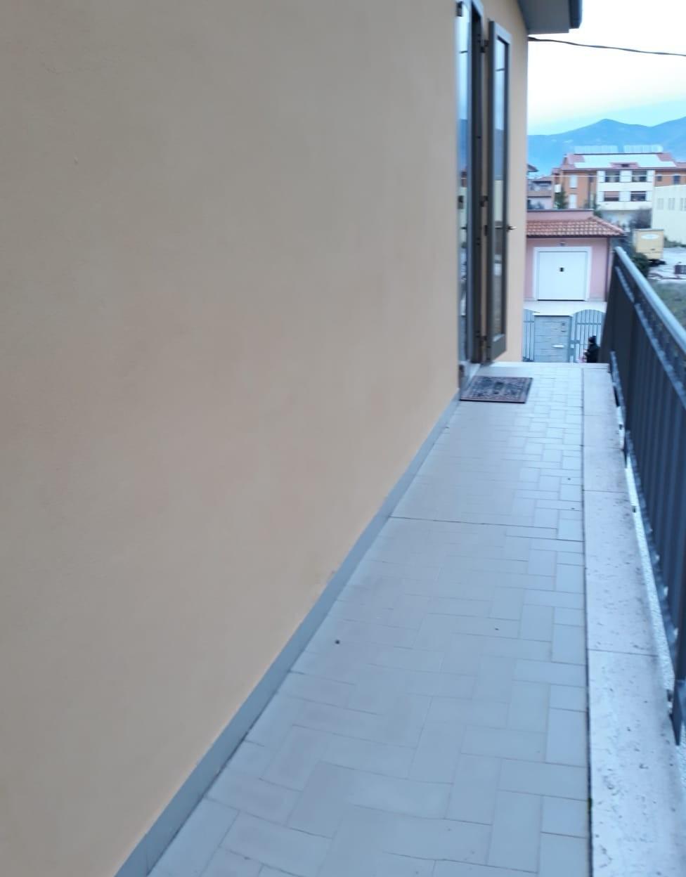 Casa semindipendente in affitto a Cascina