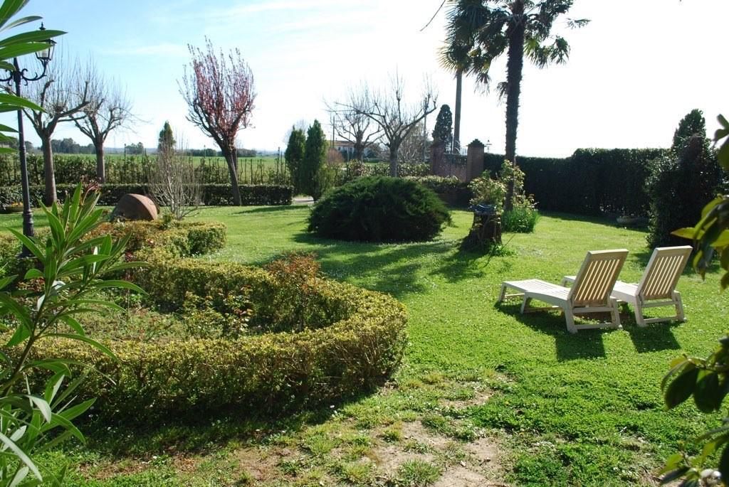 Villa for sale in Cascina (PI)