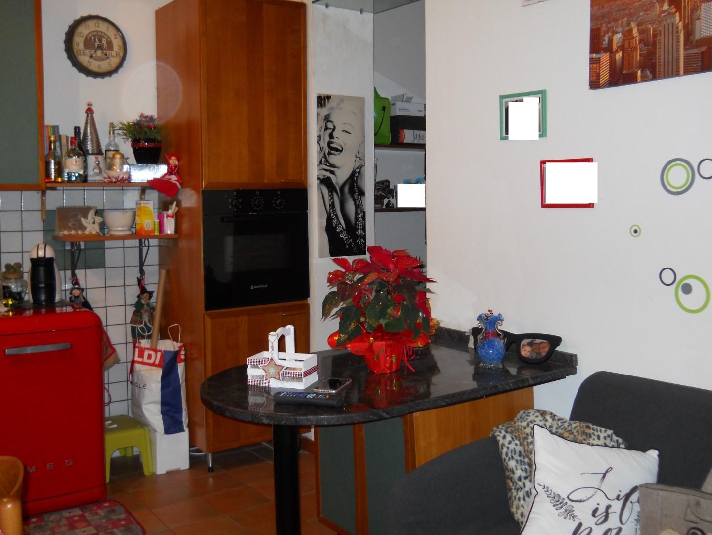 Appartamento in vendita a Calci, 3 locali, prezzo € 115.000 | PortaleAgenzieImmobiliari.it