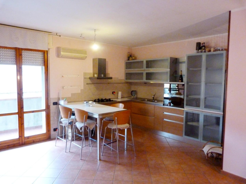 Appartamento in vendita a Romagnano, Massa