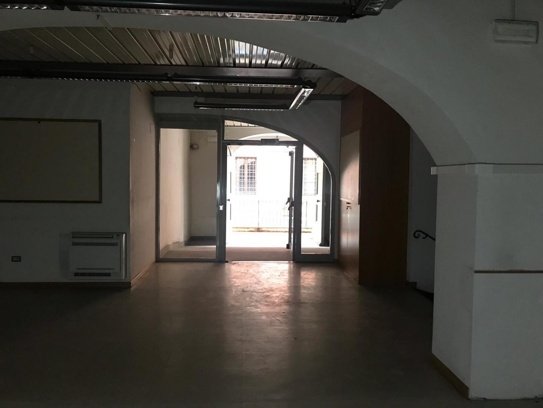 Locale comm.le/Fondo a San Giuliano Terme