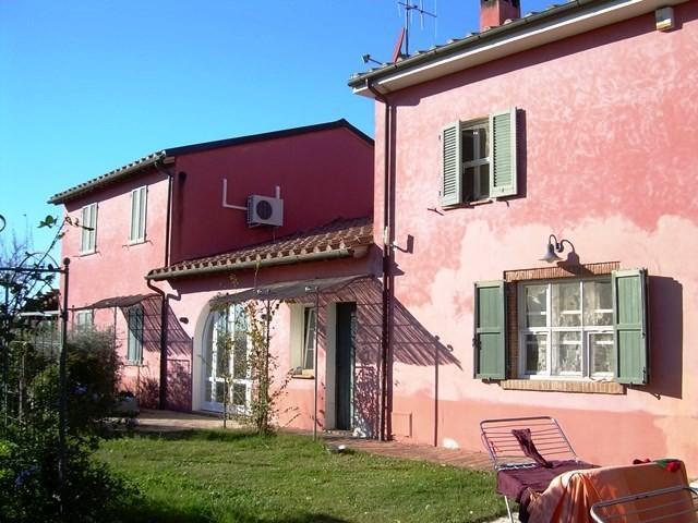 Colonica in vendita a Cecina (LI)