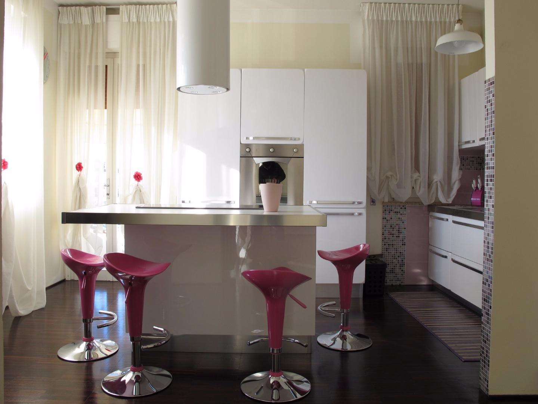 Appartamento in affitto, rif. 8692-01