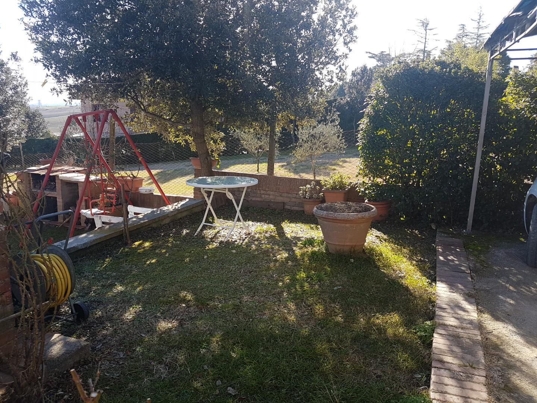 Appartamento in vendita a Coroncina, Siena