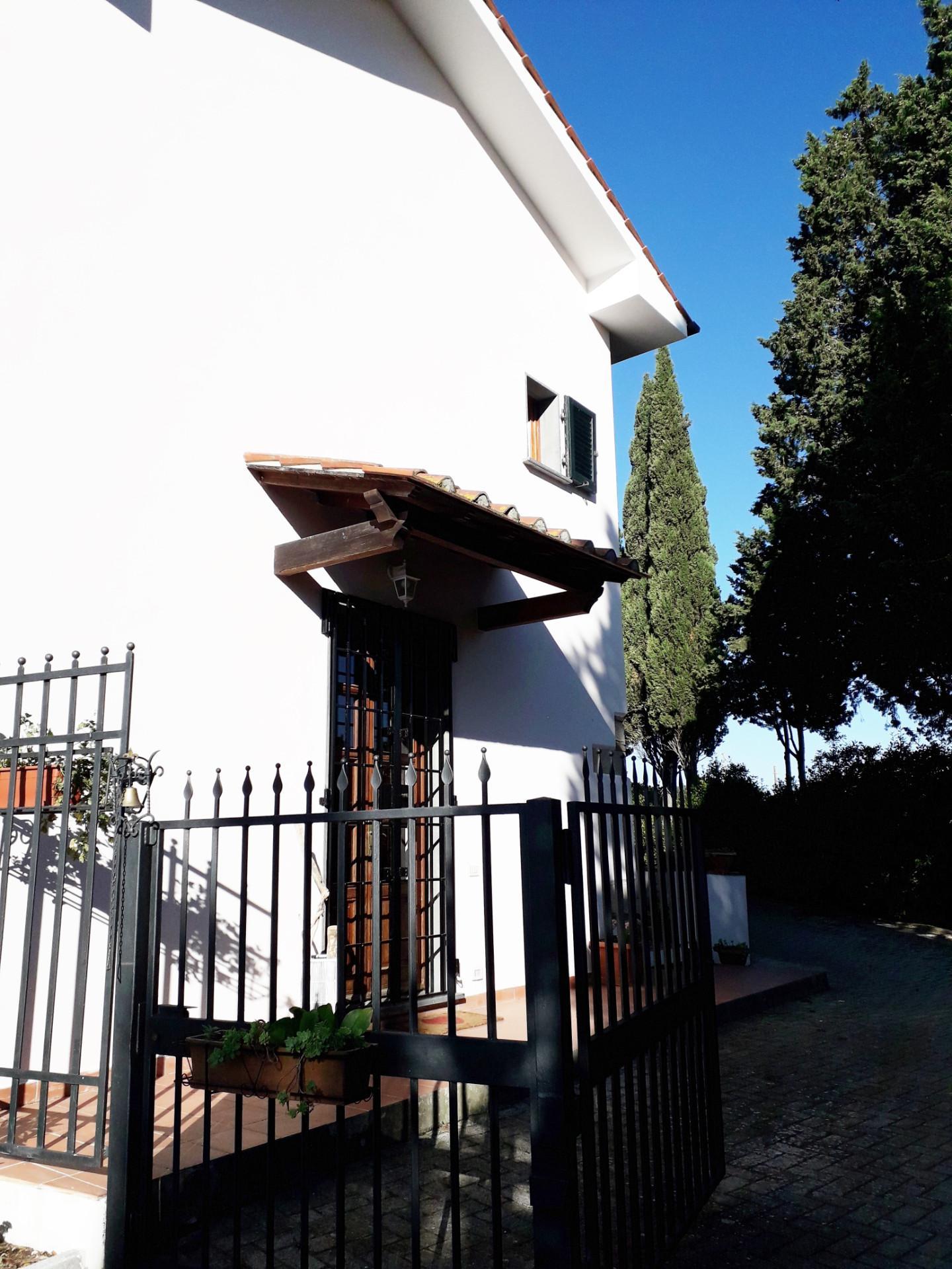Casale in affitto a Collesalvetti (LI)