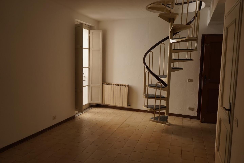 Appartamento in affitto, rif. a39/271