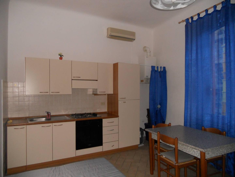 Appartamento in affitto, rif. AC6434