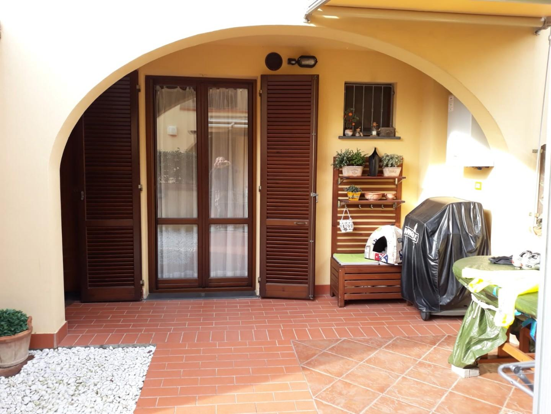 Appartamento in Vendita a Cascina  (1)