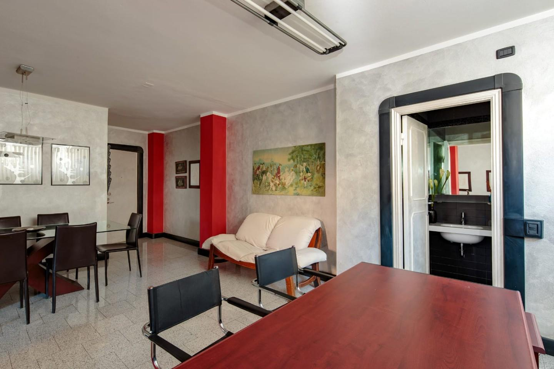 Ufficio / Studio in vendita a Massa, 3 locali, prezzo € 110.000 | PortaleAgenzieImmobiliari.it