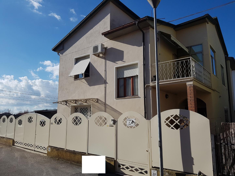 Casa singola a Calcinaia