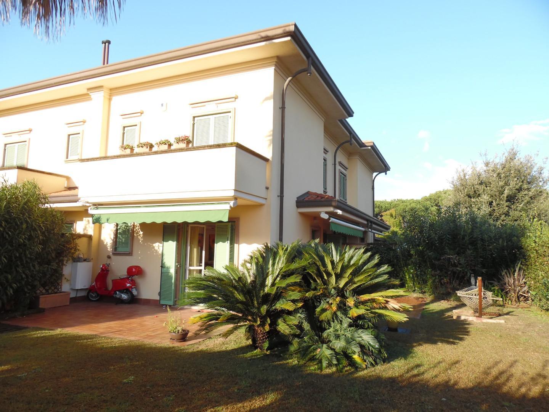 Villetta a schiera angolare in vendita, rif. VB20