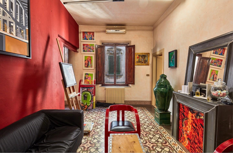 Stabile/Palazzo in vendita a Pontedera (PI)