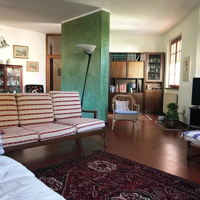 Villa for sale in San Giuliano Terme (PI)