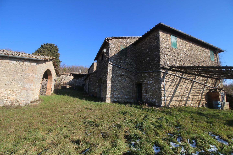 Colonica in vendita a Ancaiano, Sovicille (SI)