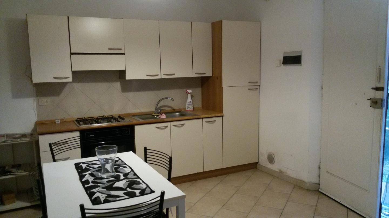 Appartamento in affitto, rif. a39/272