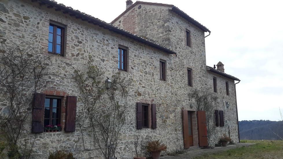 Casale in vendita a castelnuovo berardenga lacasainpisa.it