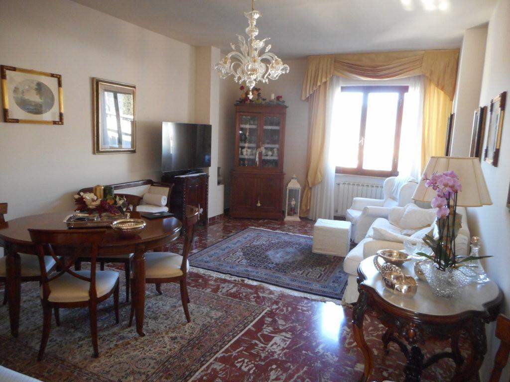 Appartamento in vendita, rif. 558
