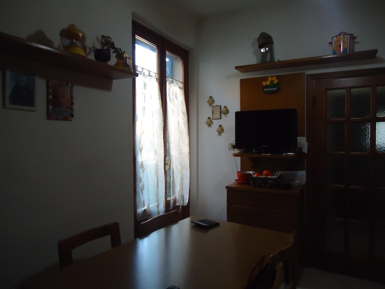 Foto 11/15 per rif. V5238