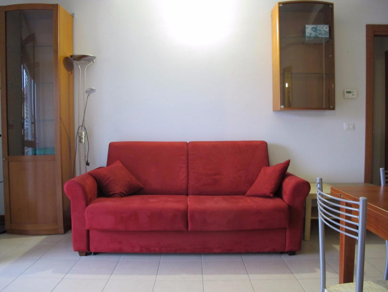 Appartamento in affitto, rif. 1799-02
