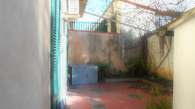 Locale comm.le/Fondo in affitto - San Martino, Pisa