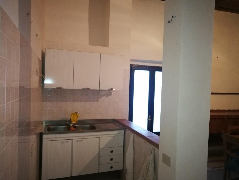 Appartamento in vendita a Monterotondo Marittimo, 3 locali, prezzo € 80.000 | CambioCasa.it