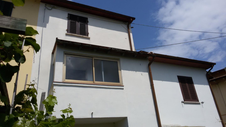 Casa semindipendente in vendita a San Carlo Po, Massa