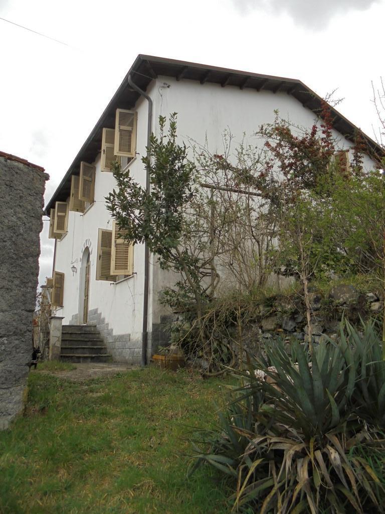 Casa singola in vendita a Borghetto di Vara (SP)