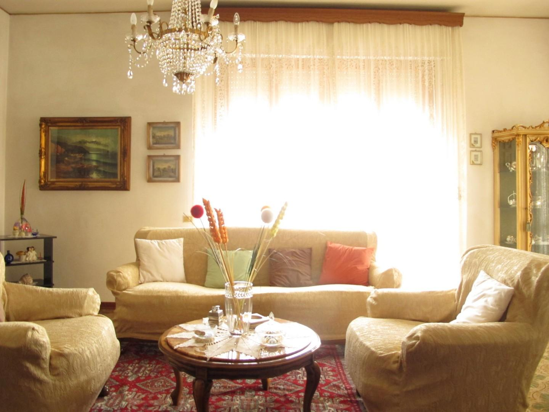 Appartamento in vendita, rif. 7457