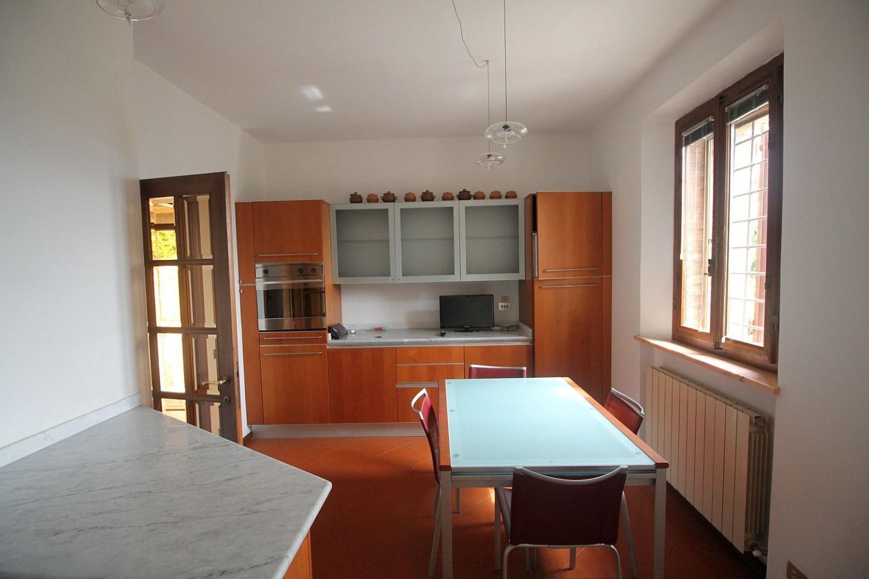 Casa semindipendente in affitto, rif. R/554