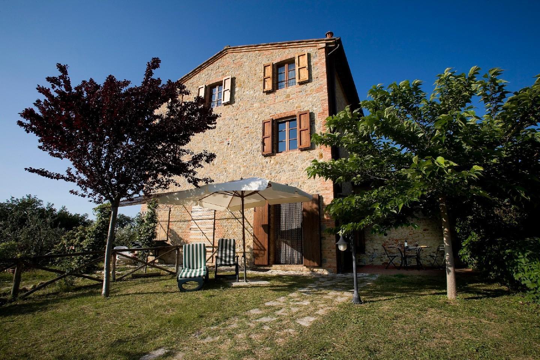 Appartamento in vendita a Castelnuovo Berardenga, 3 locali, prezzo € 180.000 | CambioCasa.it