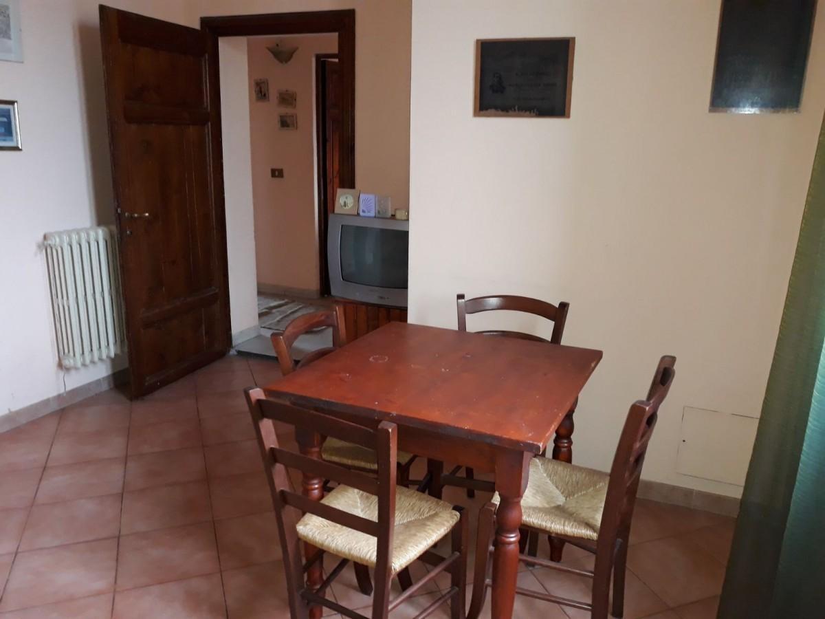 Appartamento in vendita, rif. 3 vani e mezzo in s agiusto ad.z
