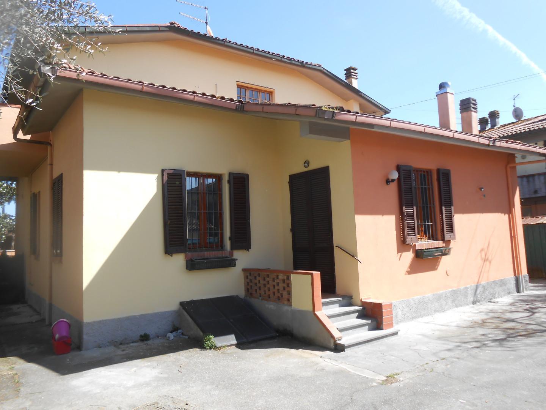 Villetta bifamiliare in affitto a Santa Maria a Monte