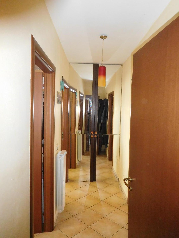 Appartamento in vendita, rif. 2008